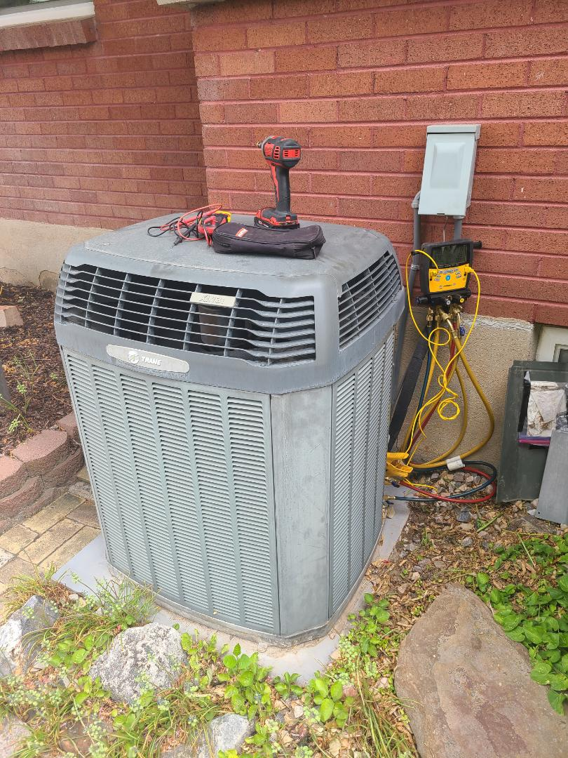 Holladay, UT - Air conditioning tuneup on Trane air conditioner