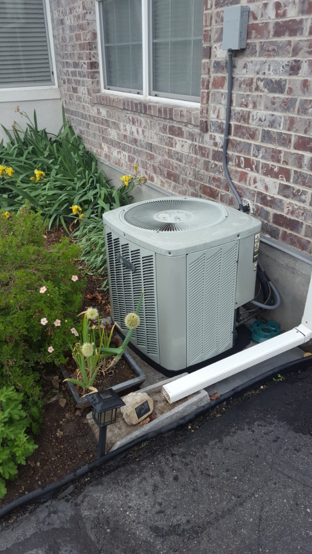 West Valley City, UT - A/C tune up on a Trane air conditioner