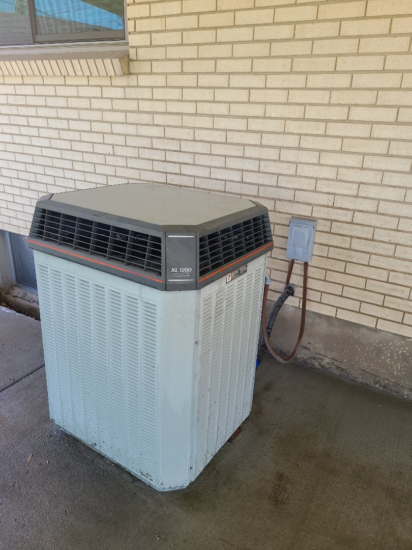 Midvale, UT - Air conditioning tuneup on Trane air conditioner