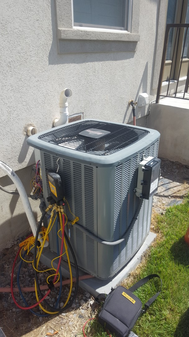 South Jordan, UT - A/C tune up on a Amana air conditioner