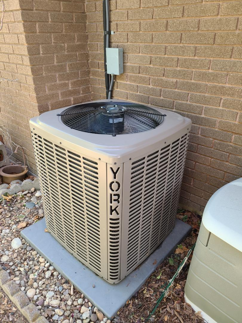 South Jordan, UT - Air conditioning tuneup on York air conditioner