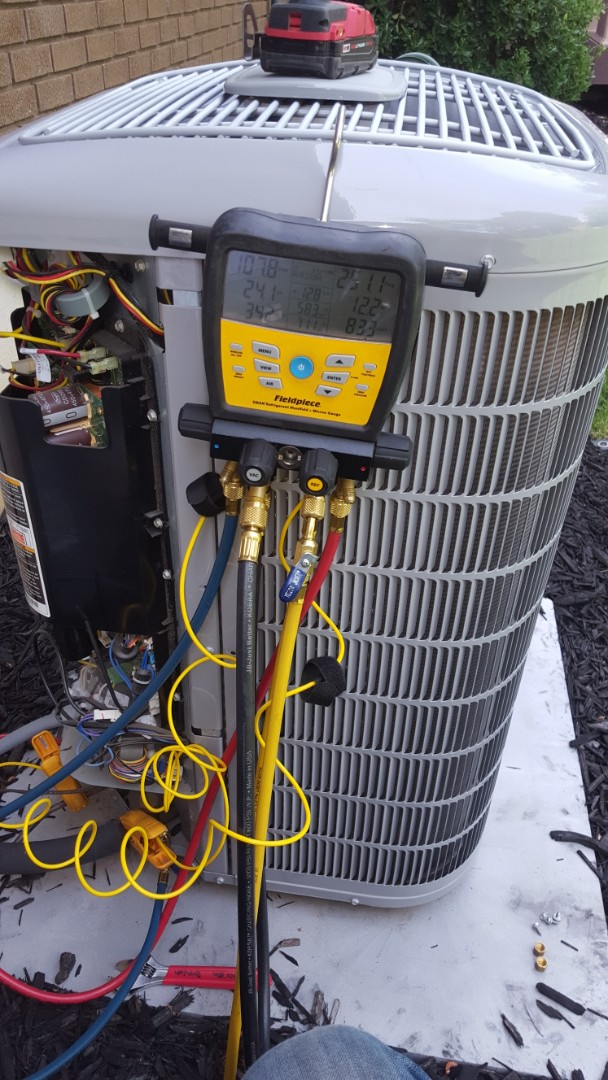 Cottonwood Heights, UT - A/ C tune up on a Carrier air conditioner