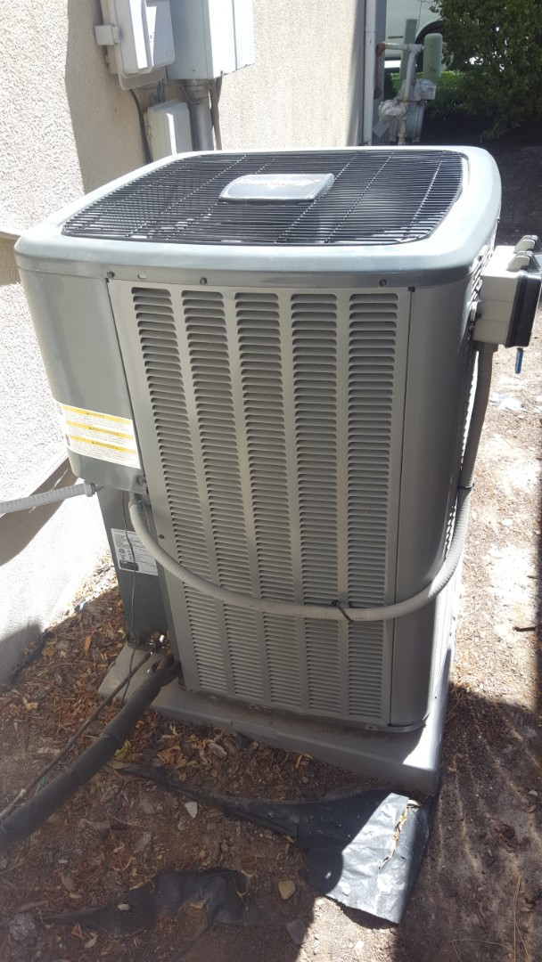 Draper, UT - A/ C tune up on a Amana air conditioner