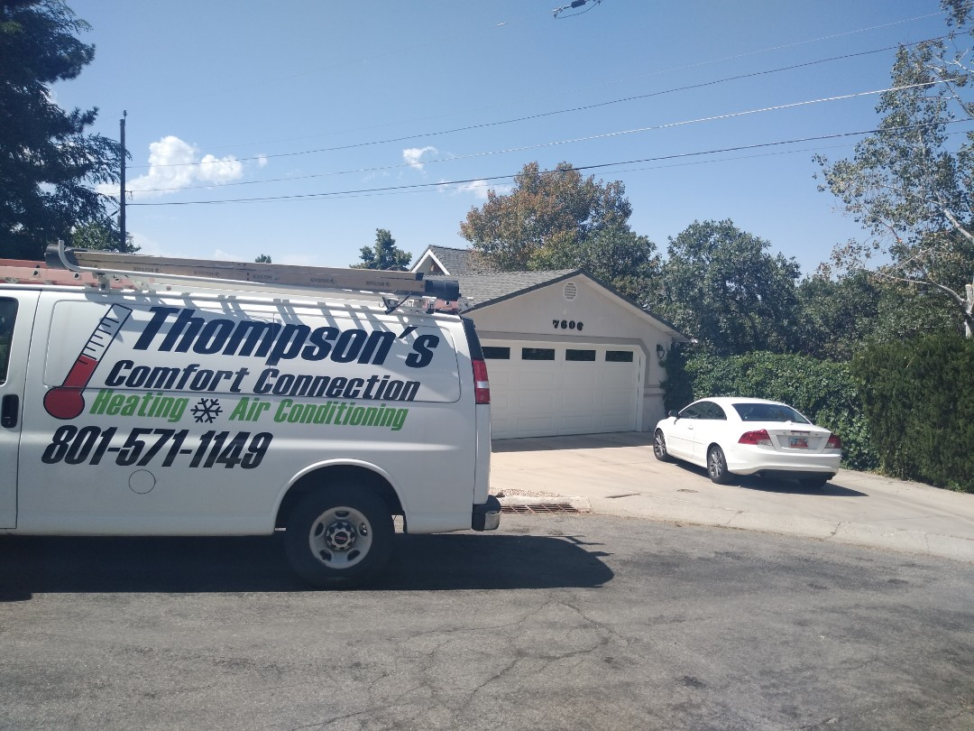 Cottonwood Heights, UT - Air conditioner diagnostic on Carrier air conditioner