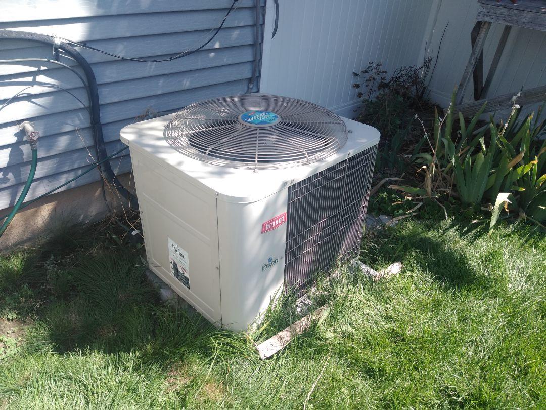 Sandy, UT - Air conditioner repair on Bryant air conditioner