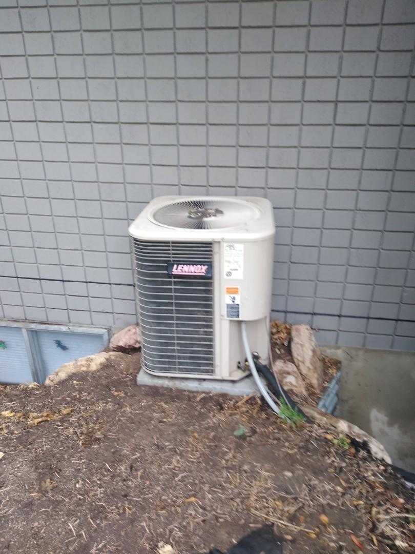 Holladay, UT - Air conditioner repair on Lennox air conditioner