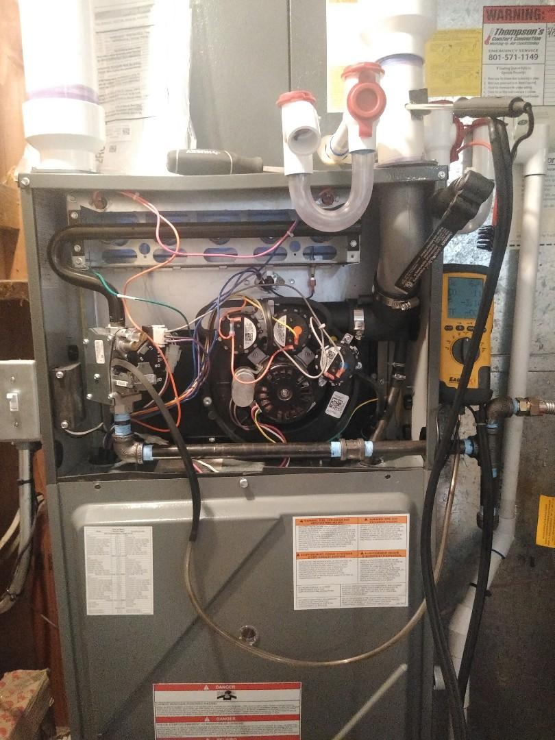 South Jordan, UT - Furnace tune up on Amana furnace
