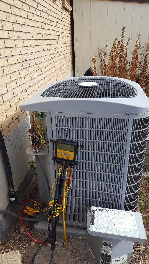 Murray, UT - Furnace tune up, and repair on a Carrier furnace,  and A/C tune up on a Carrier air conditioner