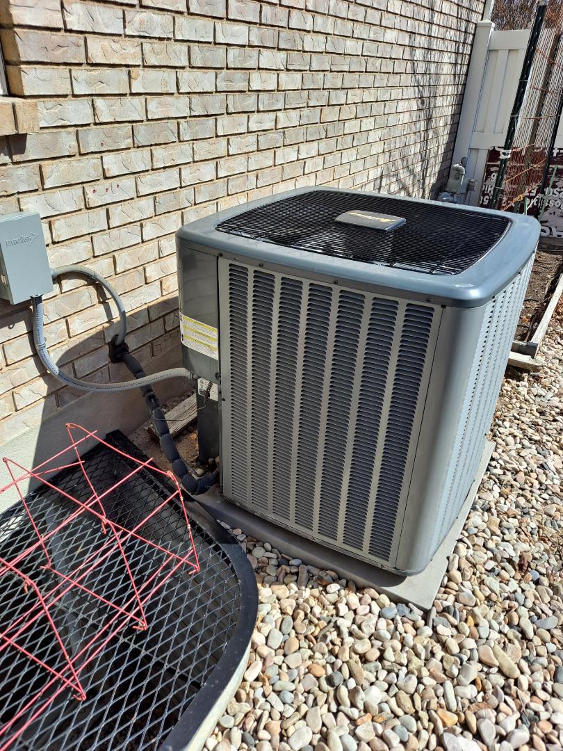 Salt Lake City, UT - Air conditioner tune-up on Amana air conditioner