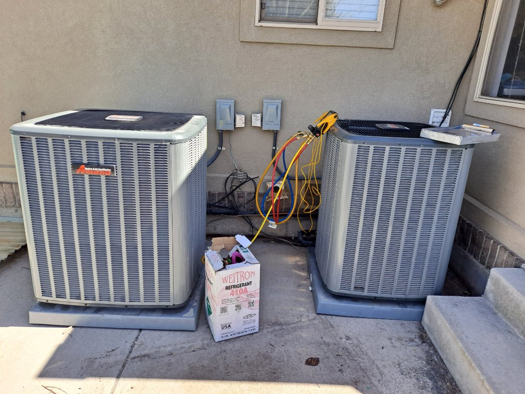 Riverton, UT - Air conditioning start-up on two Amana Air conditioners