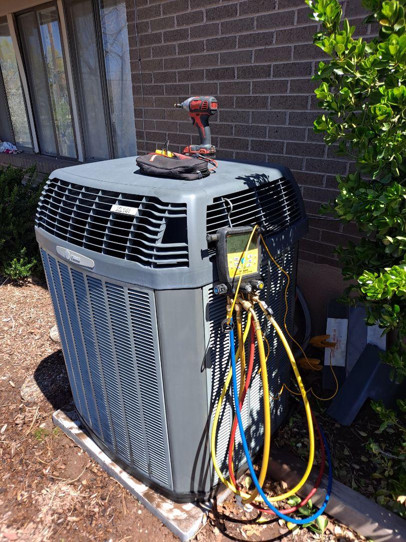 Salt Lake City, UT - Av tuneup on Trane air conditioner