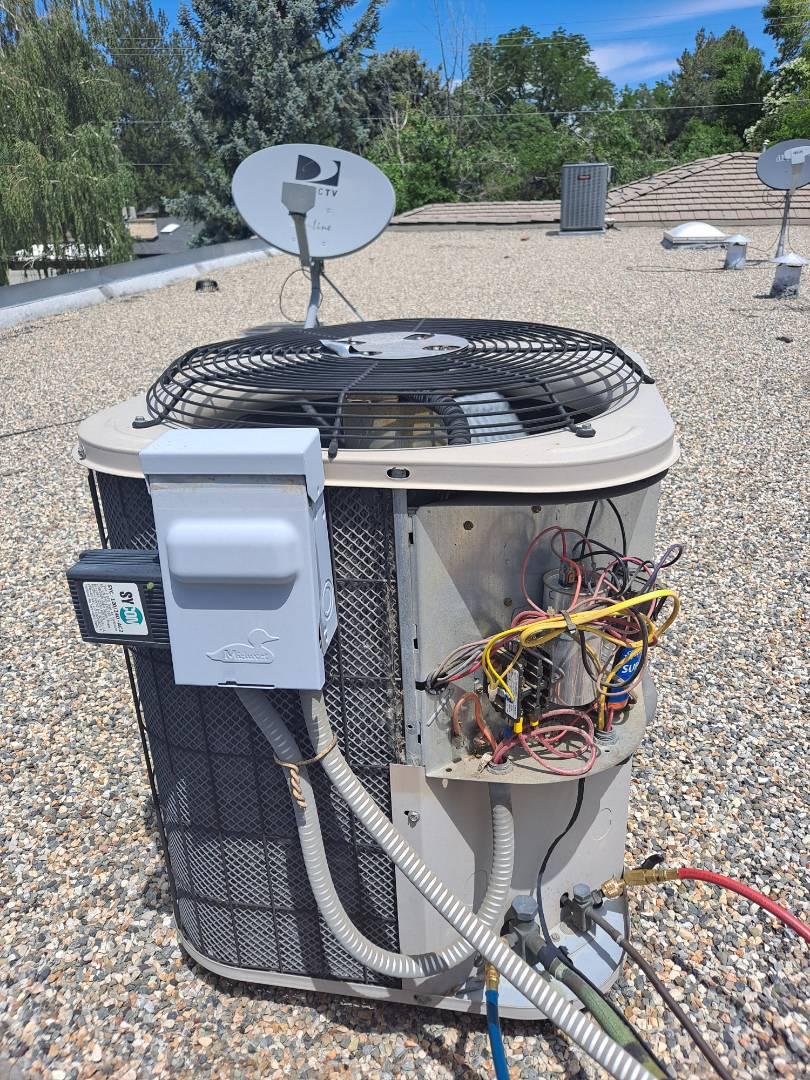 Air conditioner repair on Ducane Air conditioner