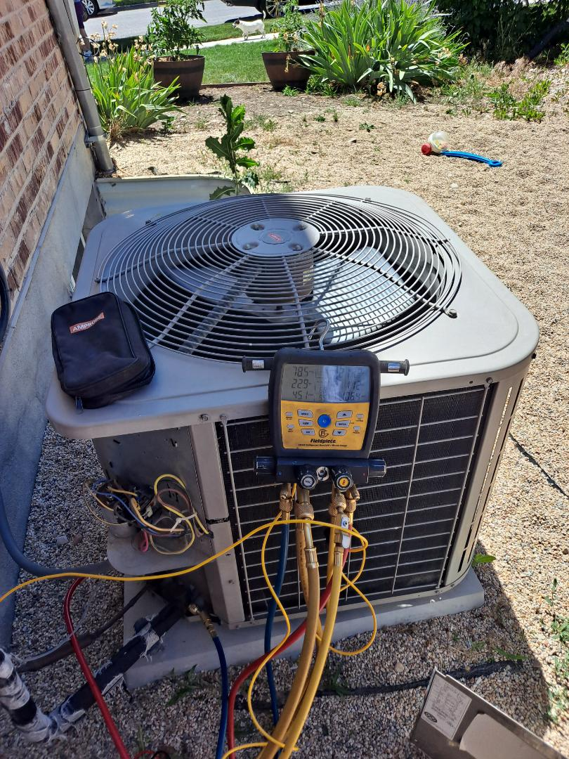 Air conditioner tune-up on Bryant Air conditioner