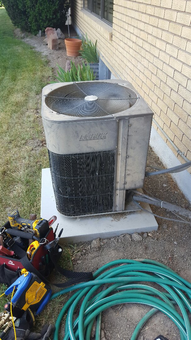 Midvale, UT - Ac repair on Lennox unit
