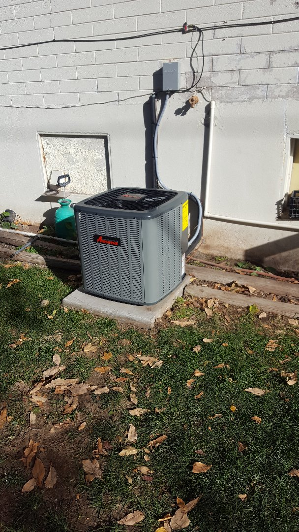 Salt Lake City, UT - Installing new amana ac.