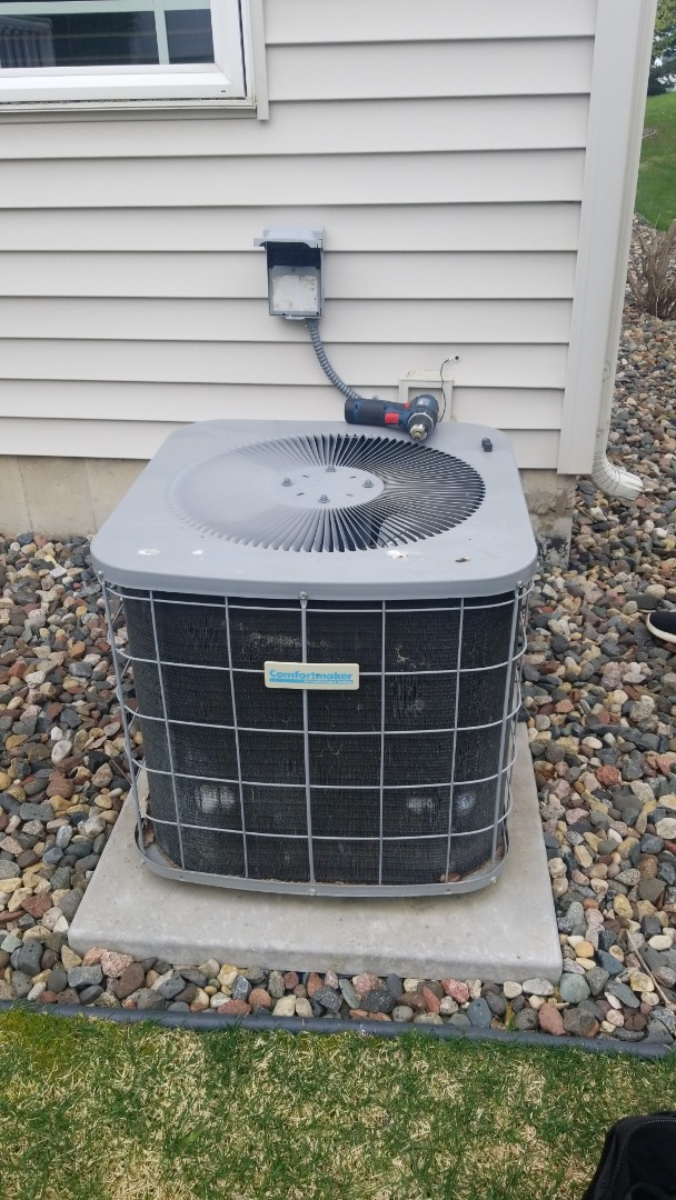 Hastings, MN - Heil Air conditioner service