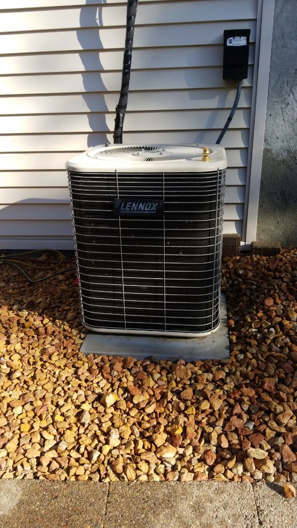Hudson, WI - Lennox air conditioner service