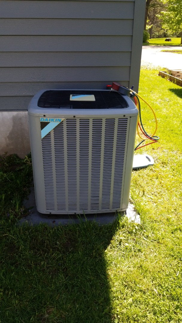 Red Wing, MN - Daikin air conditioner service
