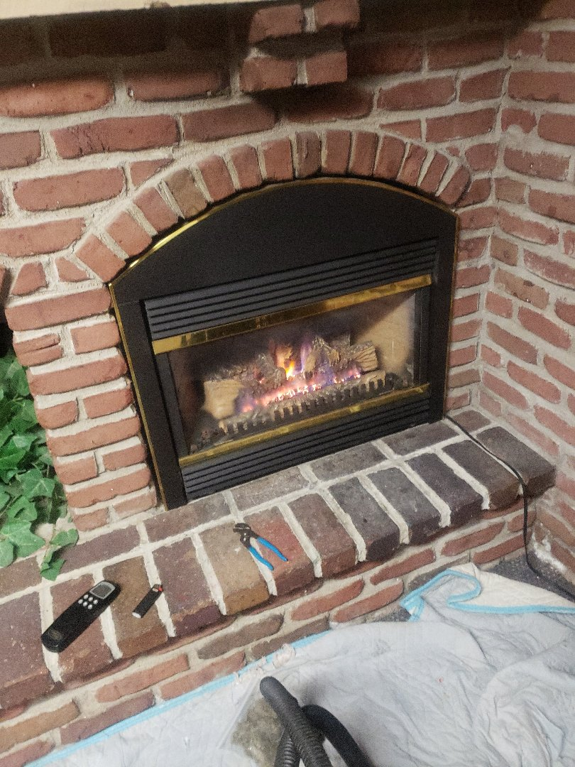 Somerset, WI - Fireplace service and cleaning. Vermont casting
