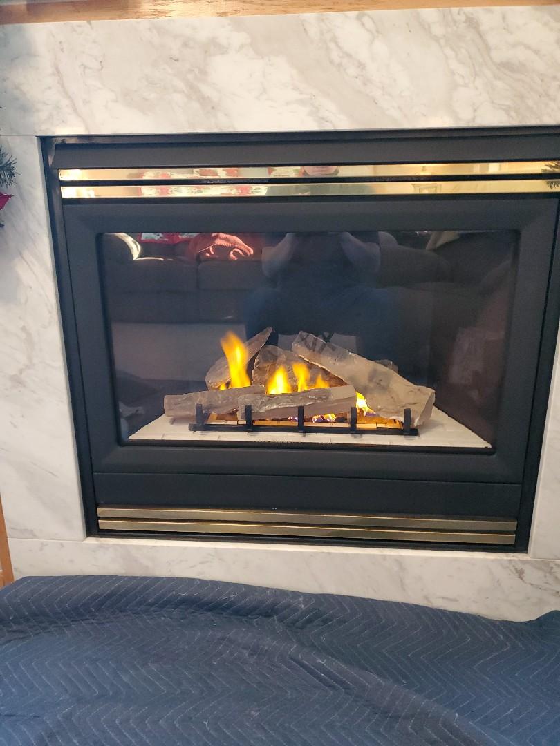 River Falls, WI - Heat N Glo gas fireplace service