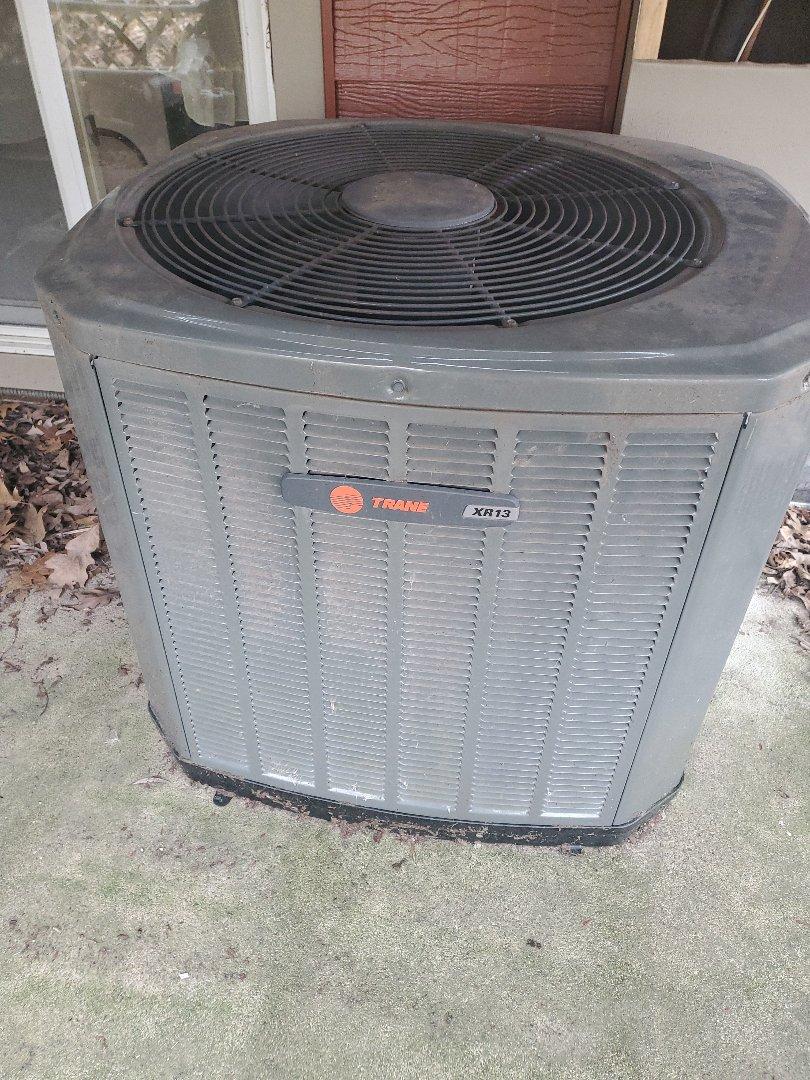 River Falls, WI - Trane air conditioner service