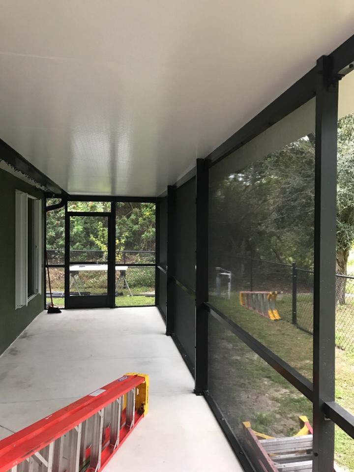 Installing a new screen elite roof Harper's