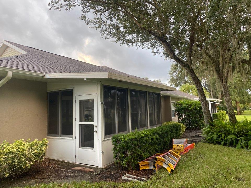 Replace elite roof on lanai Harpers 1980 LLC