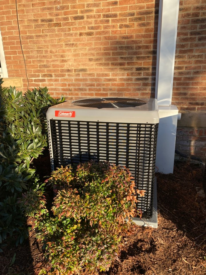 Newburgh, IN - New Coleman high efficiency air conditioner.