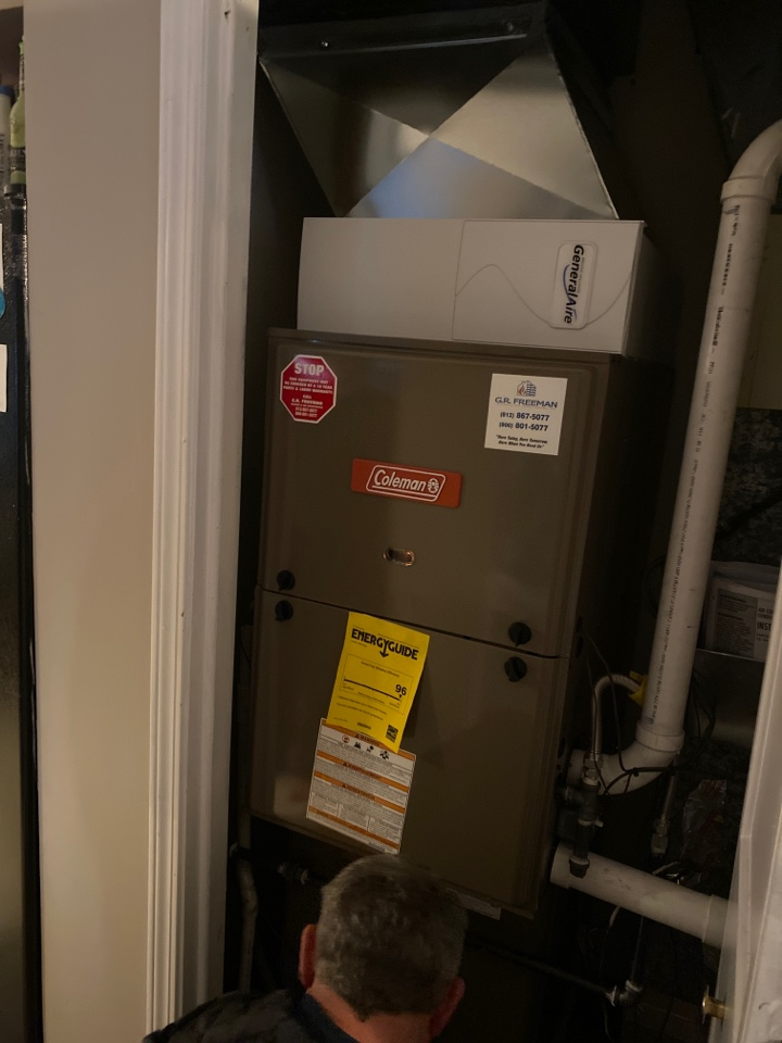 Evansville, IN - Startup on new Coleman high efficiency furnace.