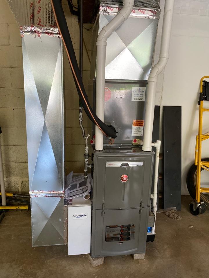 Evansville, IN - Startup on Rheem modulating high efficiency furnace.