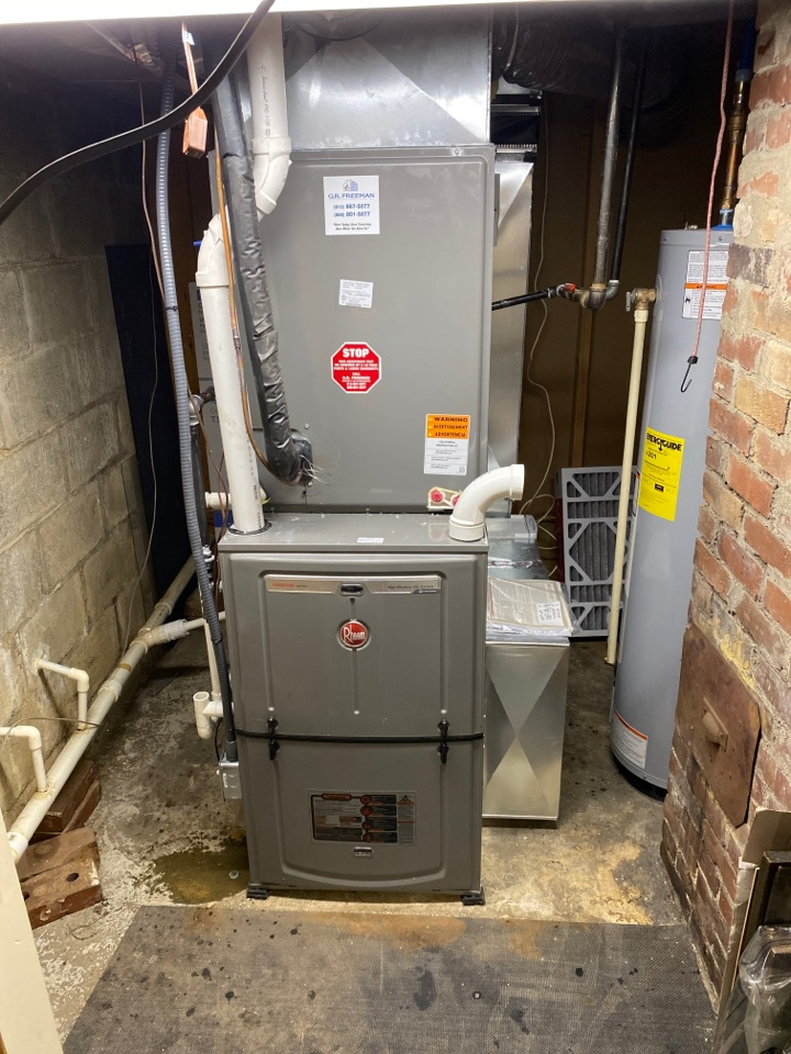 Mount Vernon, IN - Startup on new Rheem high efficiency air conditioner and furnace.