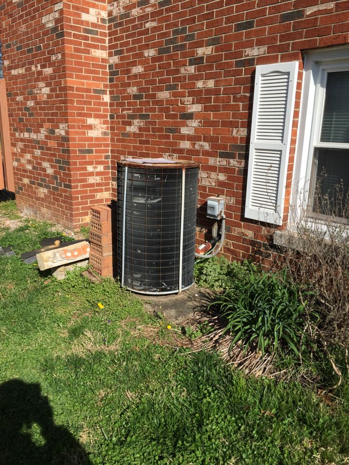 Mount Vernon, IN - Replacing old carrier AC