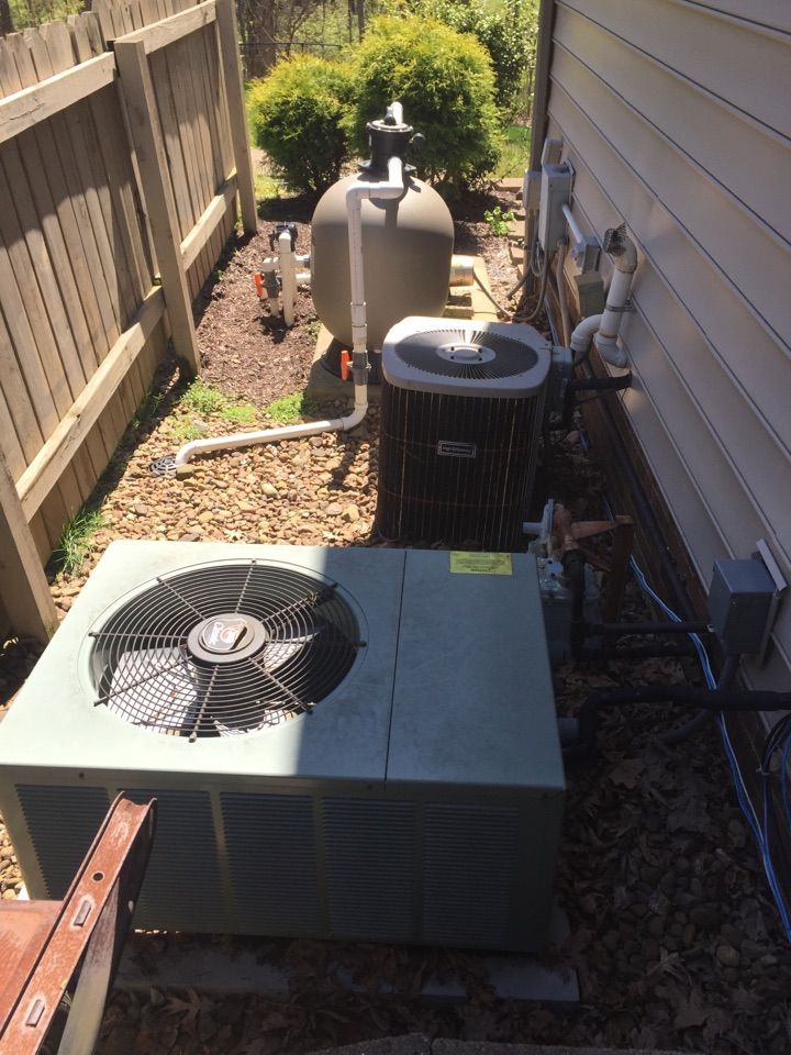 Wadesville, IN - Summer tune up on Carrier and Rheem air conditioner.