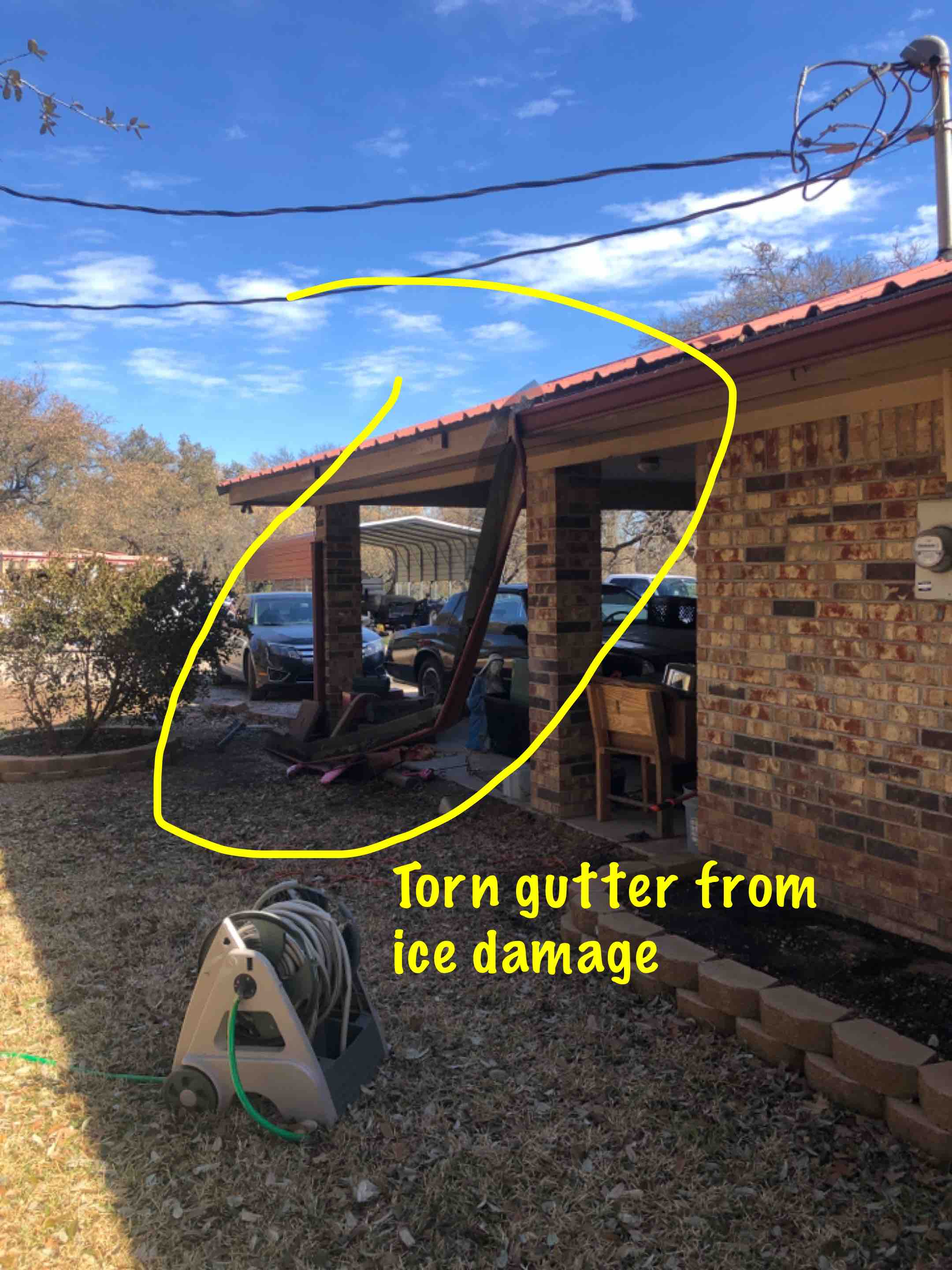 """Marble Falls, TX - Quoting a 6"""" gutter removal and replacement with leaf screen in Round Mountain."""