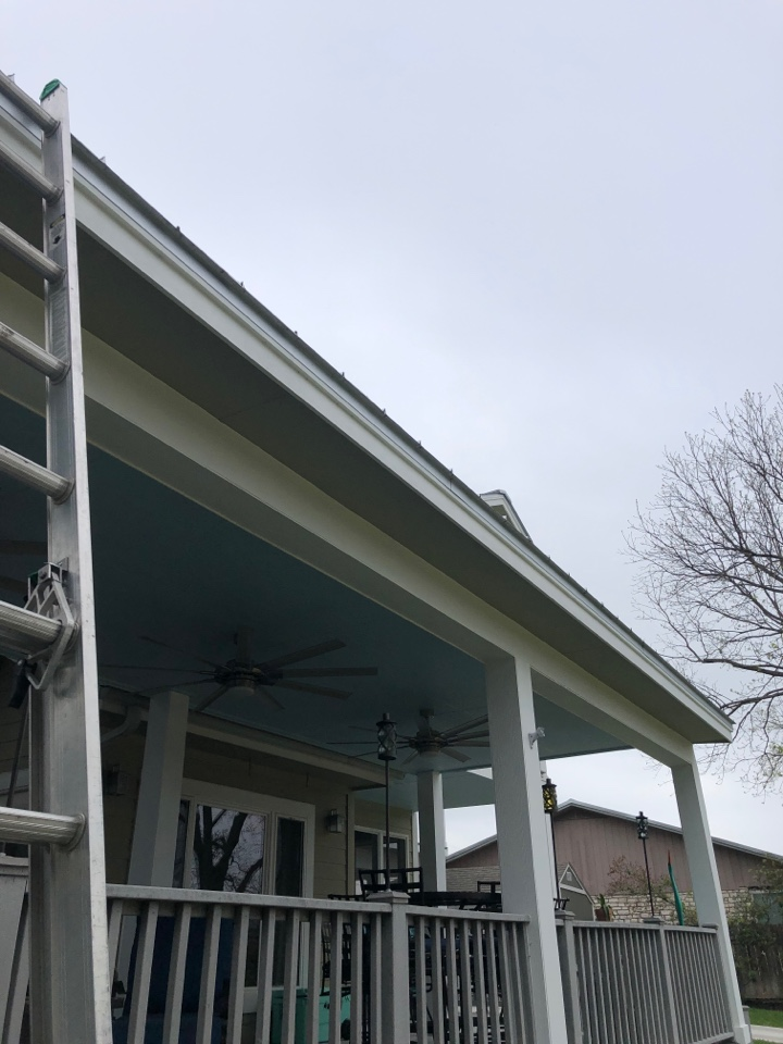 Kingsland, TX - Quoting a gutter install and metal roof repair on a snaplock roofed home in kingsland.