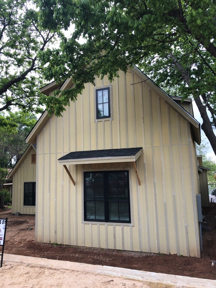 """Burnet, TX - Quoting a 6"""" gutter install with leaf screen on a new build in kingsland."""