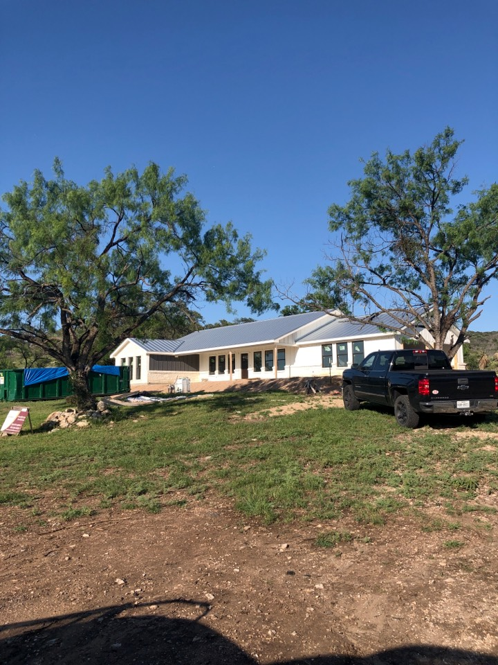 """Kingsland, TX - Quoting a 6"""" gutter install on new construction in burnet."""