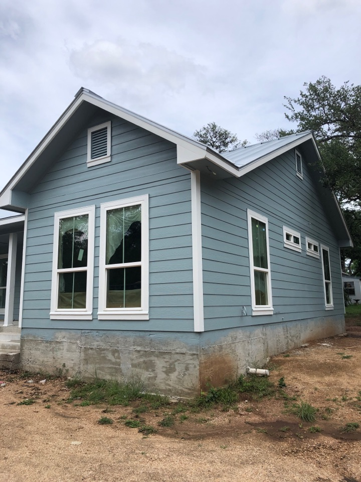 """Kingsland, TX - Quoting a 5"""" gutter install on a new build in kingsland."""