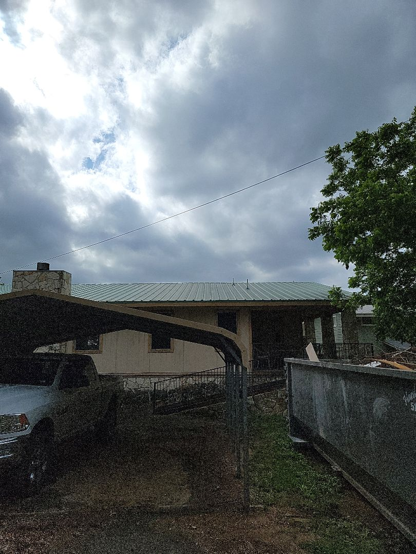 Kingsland, TX - Metal roof inspection and estimate