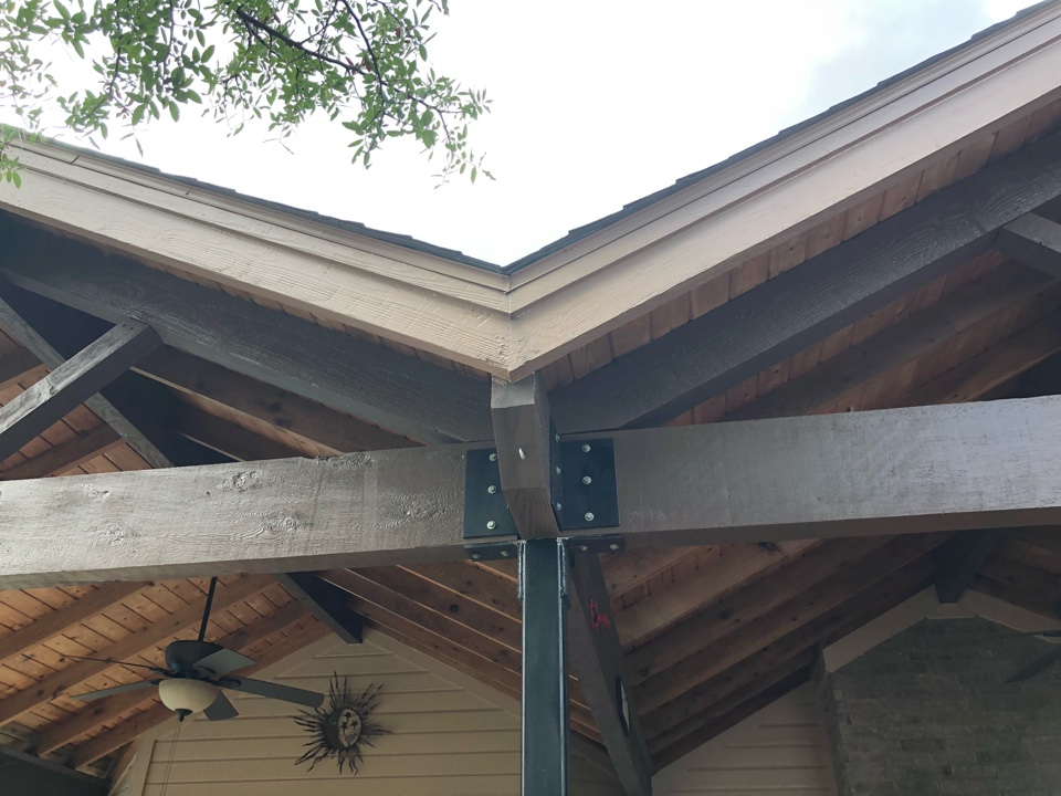 """Spicewood, TX - Quoting a 5"""" gutter install with leaf screen on a 1 story home in spicewood."""