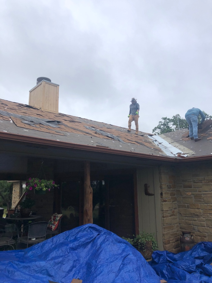 Llano, TX - 3-tab roof that suffered hail damage. Replacing the entire roof and gutter system out in llano.