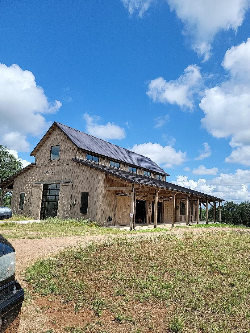 Round Mountain, TX - Storm damage from hail and wind. Gutter install