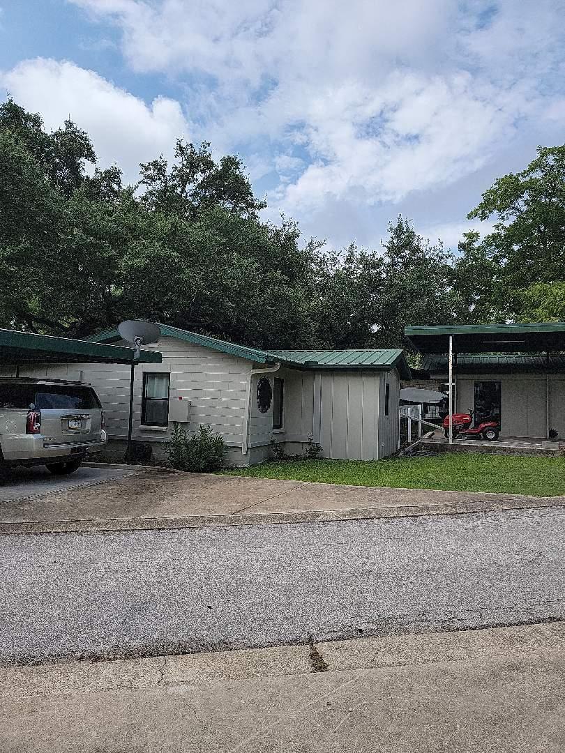 Kingsland, TX - Storm damage to gutters. Gutter estimate and roof inspection