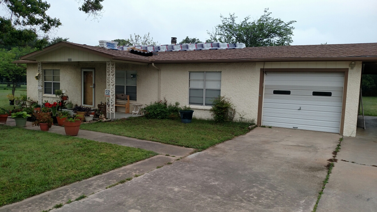 Marble Falls, TX - GAF Timberline HD re-roof.