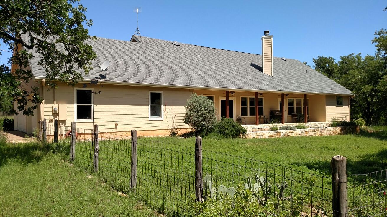 Johnson City, TX - GAF HD shingle re-roof.