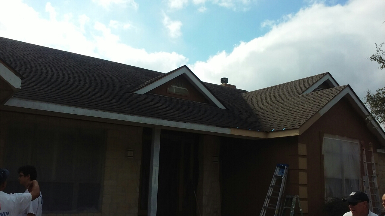 Bulverde, TX - Meeting with Ray to inspect his roof for hail damage and insurance roof claim