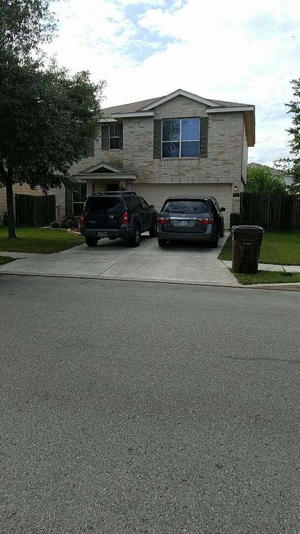 San Antonio, TX - Delivering bid for GAF ROYAL SOVEREIGN Roof