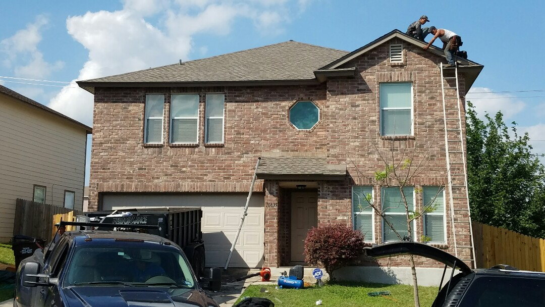 San Antonio, TX - Hail damage repaired and roof replaced with GAF Timberline HD Lifetime Laminate roof in Weathered Wood