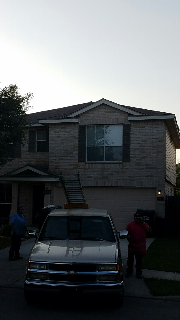 San Antonio, TX - Another finished GAF Royal Sovereign roof in Weathered Gray