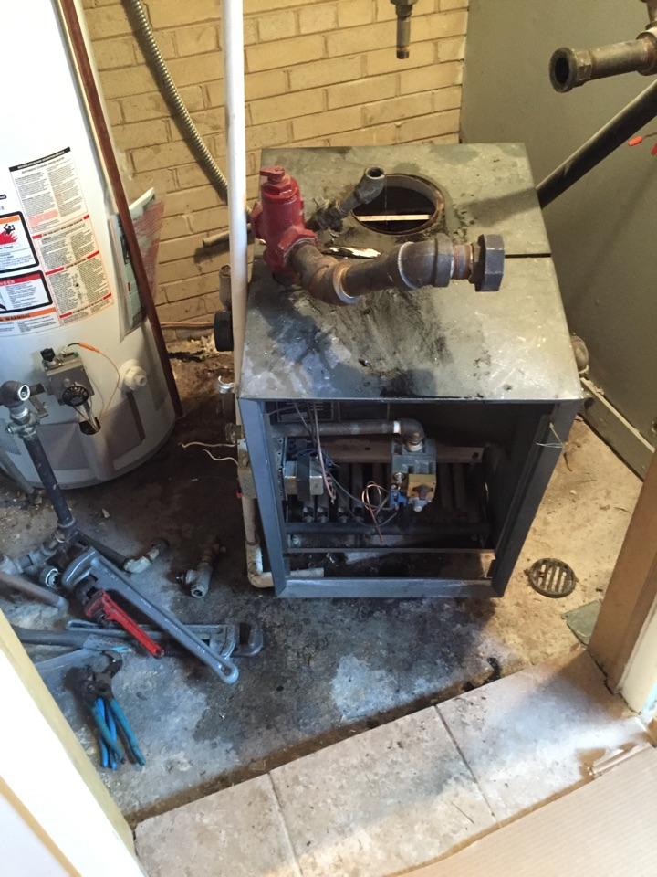 Glencoe, IL - Replacing a water boiler Weil Mclean